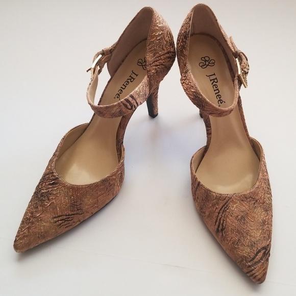 896874769b6 J.Renee Shoes - ❄J.Renee Women s Trudi-Cuoio size ...